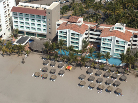 Photo of Villa Varadero Hotel & Suites Nuevo Vallarta
