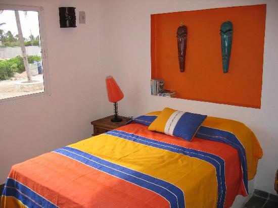 Chelem, Mexico: Typical bedroom