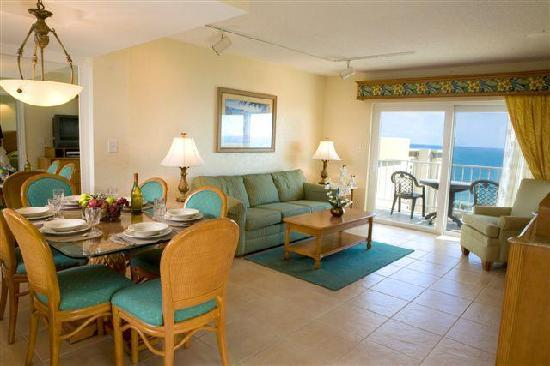 Fort Lauderdale Beach Resort: Living Room