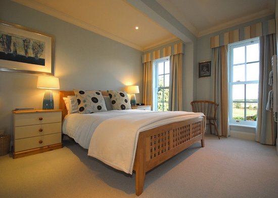 Norfolk House Bed and Breakfast