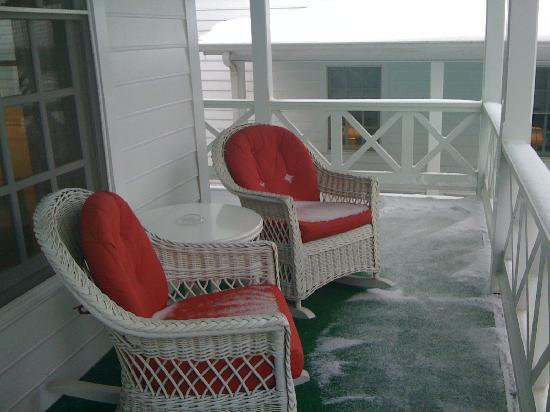 The Greenbrier: Spring Row Cottage- Porch