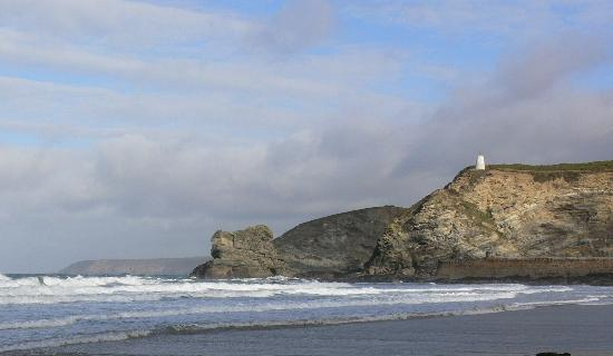 Lansdowne Guest House: Portreath Beach, just 5 minutes away