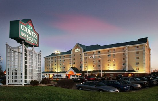 Photo of Country Inn & Suites Bloomington West