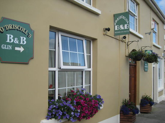 O'Driscoll's Bed & Breakfast: O'Driscoll's B&B. Main Street ,Glin, Co. Limerick