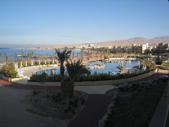 Movenpick Resort & Spa Tala Bay Aqaba: Magnificent landscaping will be even better when grown up a bit