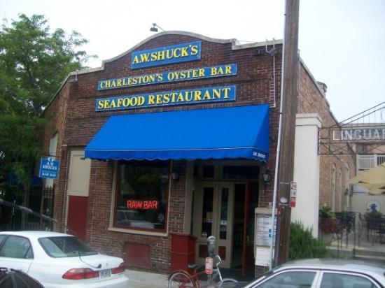 A w shucks where we ate lunch for Fish restaurant charleston sc