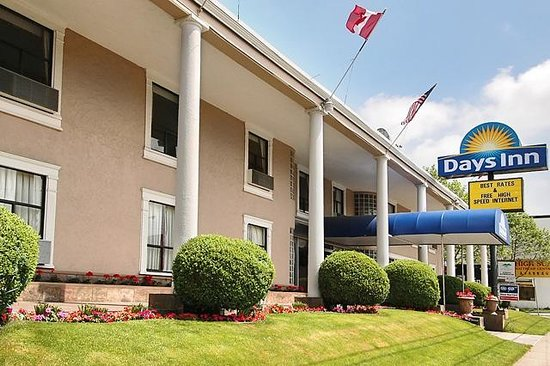 Photo of Days Inn Vancouver Metro