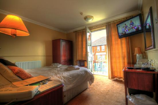 The Dovedale Hotel and Restaurant: Executive room