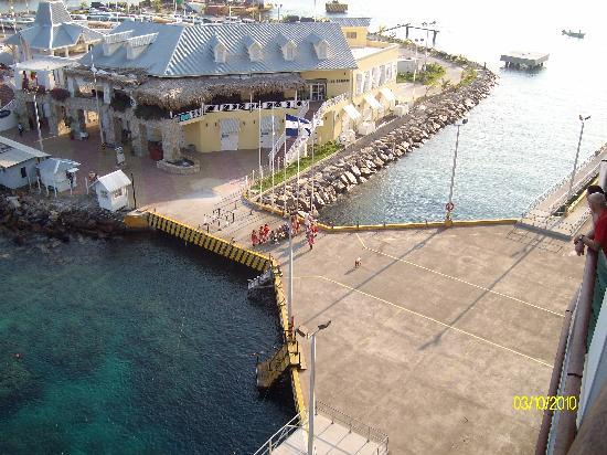 Most Beautiful Cruise Port Yet Review Of Roatan