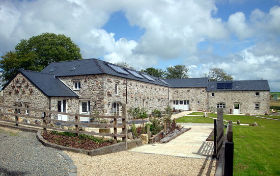 Asheston Eco Barns