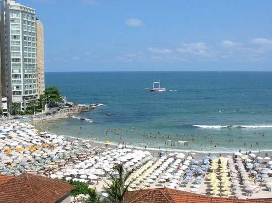 Guaruja, SP: Pitangueiras Beach in summer!