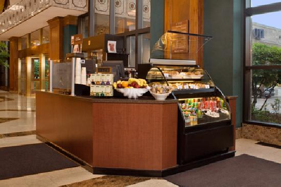 Hilton Minneapolis: Barron's Brew Coffee Cart