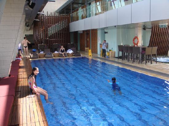 Nice swimming pool picture of traders hotel kuala - Best hotel swimming pool in kuala lumpur ...