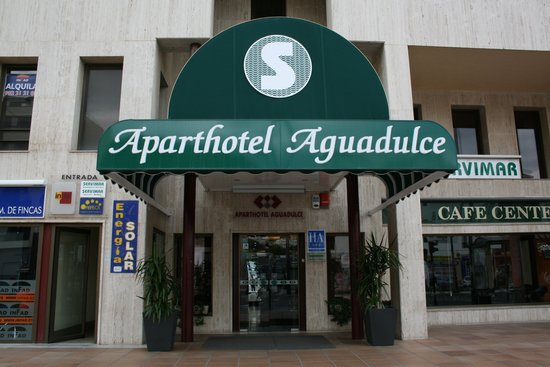 Photo of Aparthotel Aguadulce