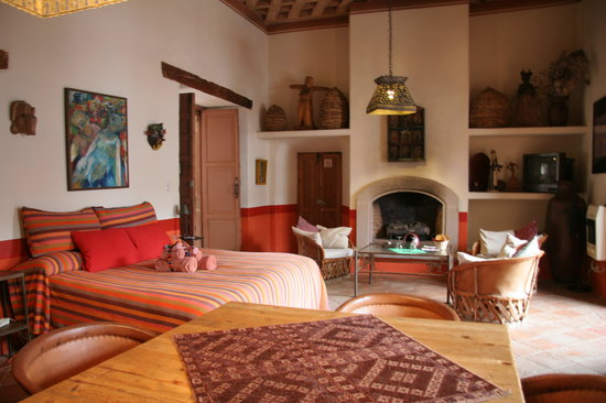 La Casa Encantada: Another spectacular room