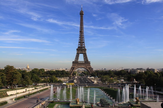 Paris, France : Eiffel Tower from the Trocadreo 