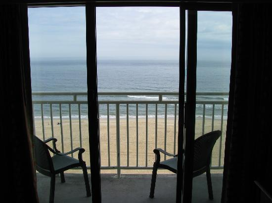 Sunset va beach picture of holiday inn express hotel for Balcony overlooking ocean