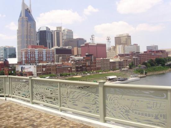 Photos of Nashville - Featured Images