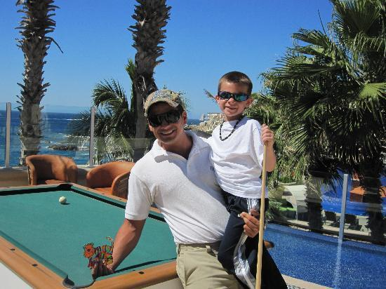Welk Resorts Sirena Del Mar: Manny and Joe play Pool at the Pool