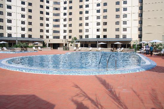 Golden Tulip Festac Lagos: Serene view of the pool
