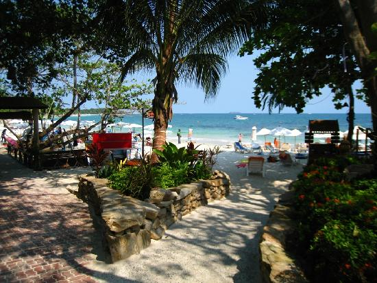 Right at the beach picture of samed villa resort ko for Bedroom 77 rayong pantip