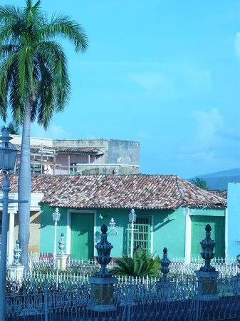 Trinidad, Cuba : building&#39;s details 