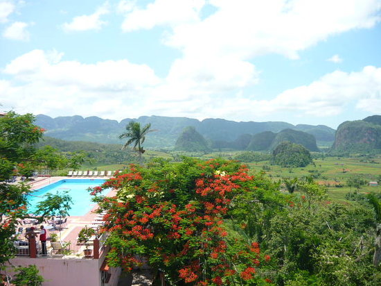 Vinales, Cuba: Stunning view over the valley