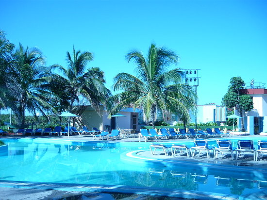 Varadero, Cuba : gorgeous view from the hotel&#39;s pool 3 