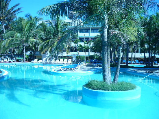Varadero, Cuba : gorgeous view from the hotel&#39;s pool 4 