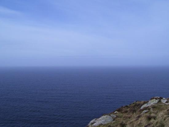 , : sky and sea on approach to the Bunglas Cliffs, County Donegal