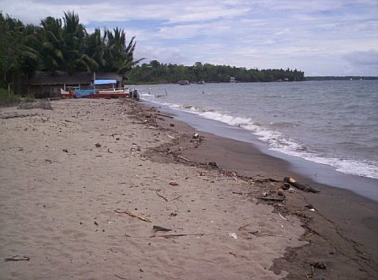 Dumaguete City, Filippine: MY OWN BEACH NEAR DUMAGUETE, PHILIPPINES!