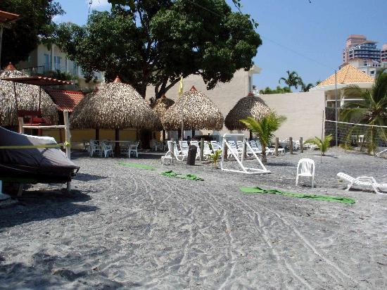 Coronado Golf & Beach Resort: Beach Resort