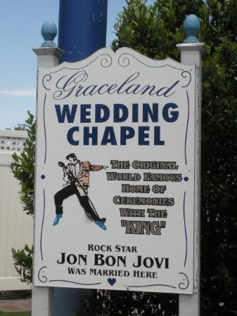 Graceland Wedding Chapel Picture