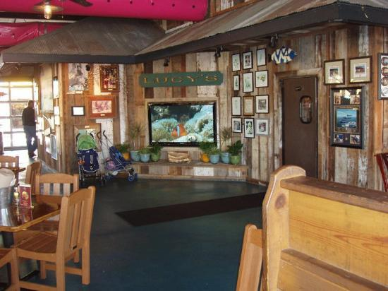 "<a href=""/Restaurant_Review-g30582-d623078-Reviews-Lulu_s_At_Homeport-Gulf_Shores_Alabama.html"">Lulu's At Homeport</a>: Pictures"