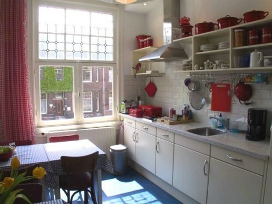 The Collector Bed & Breakfast: Breakfast Kitchen