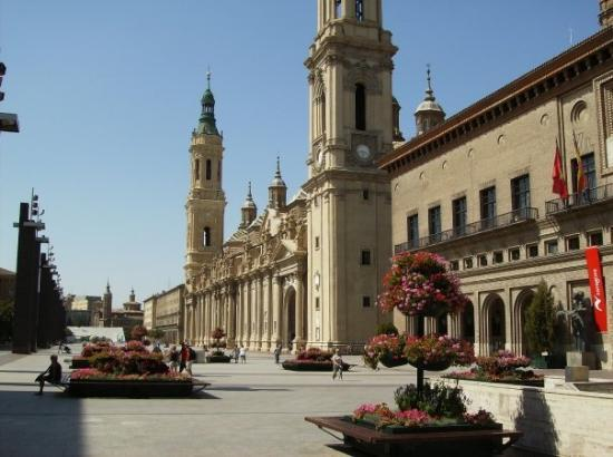 Photos of Basilica de Nuestra Senora del Pilar, Zaragoza - Attraction Images ...