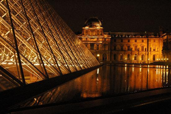 Gallery For Gt Musee Du Louvre At Night
