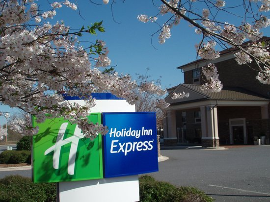 Holiday Inn Express Pineville