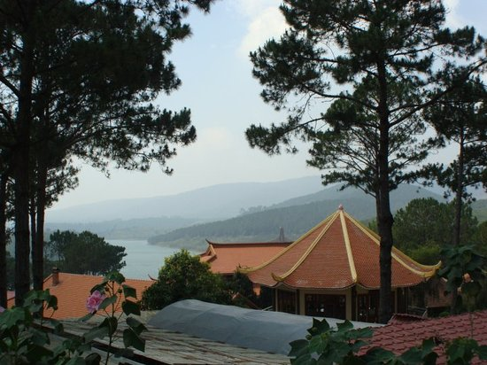 Hotel di Dalat