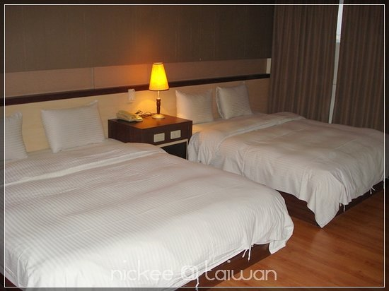 Zaw-Jung Business Hotel