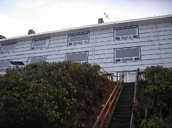 Westshore Oceanfront Motel: The outside