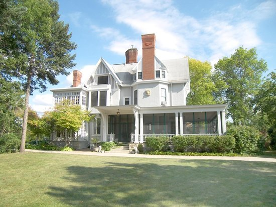 Photo of Alexander Mansion Bed & Breakfast Winona