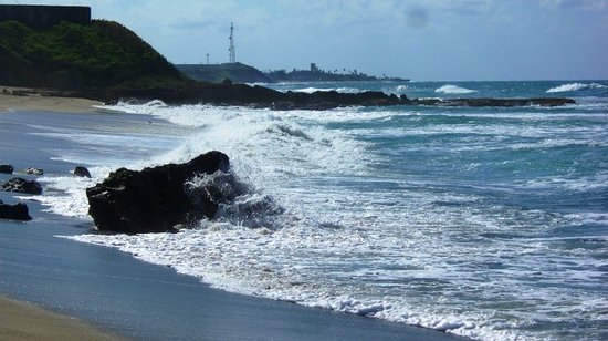 Arecibo, Porto Riko: Splashing water