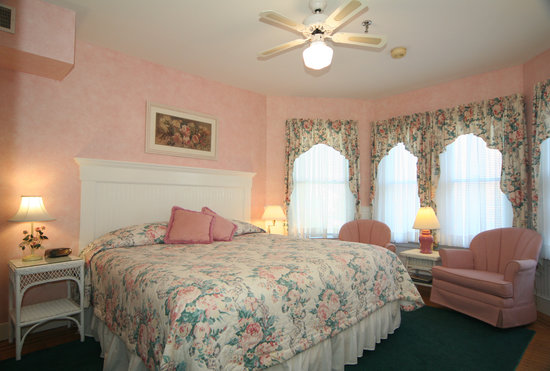 Northwood Inn: Rose Room