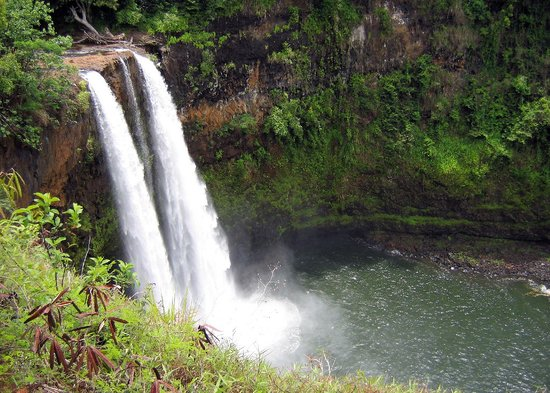 Kauai, HI: Wailua Falls