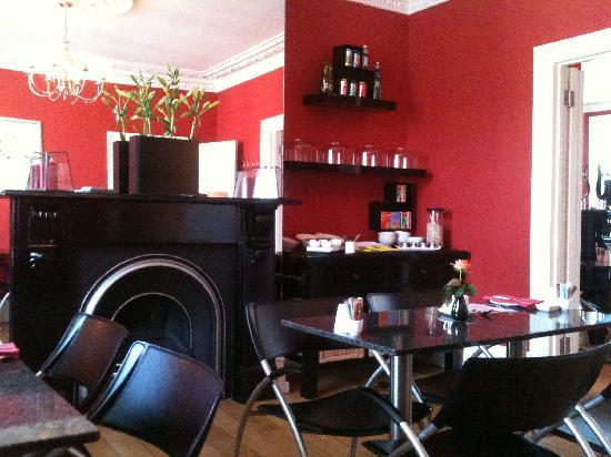 Dining room 1 picture of garrads boutique hotel for Best boutique hotels east anglia