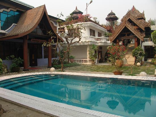 Emerald Land Inn Mandalay