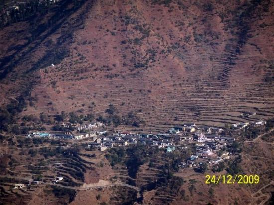 A small hamlet in the valley on way to Dhanaulti