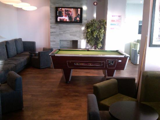 : Had a pool table