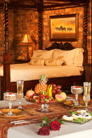 Elandela Private Game Reserve: ELANDELA HONEYMOON SUITE
